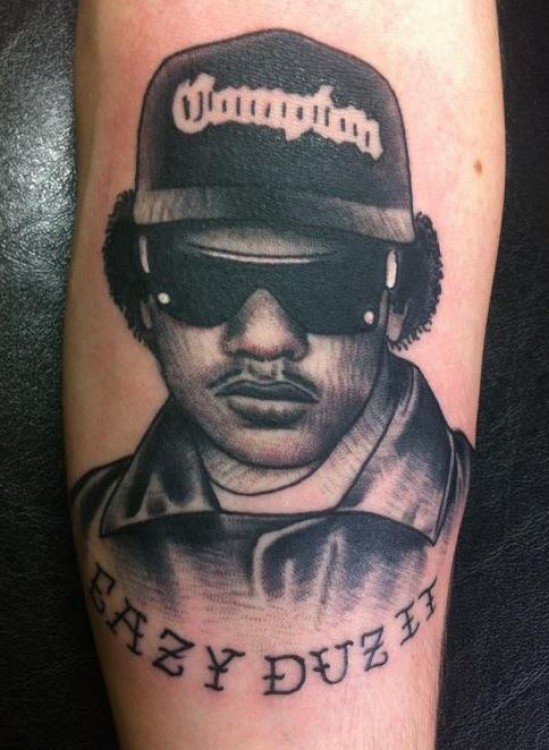 eazy e tattoo an incredibly easy method that works for all komseq. Black Bedroom Furniture Sets. Home Design Ideas
